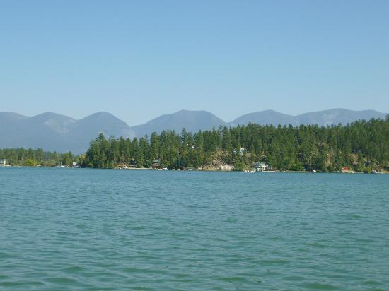 Swan Hill Bed & Breakfast: View of Flathead Lake from the pier