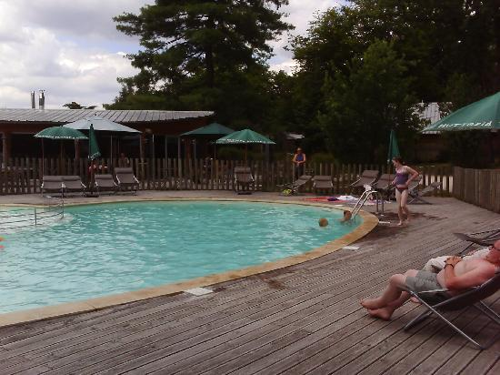Camping Huttopia Versailles : huttopia versailles