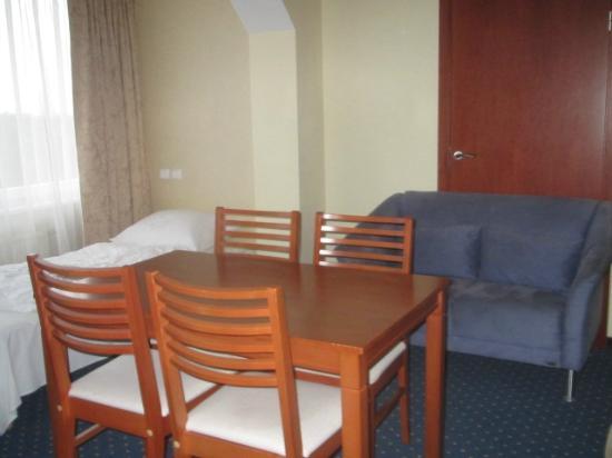 Bellevue  Park Hotel Riga: Habitación para 3 personas, muy amplia