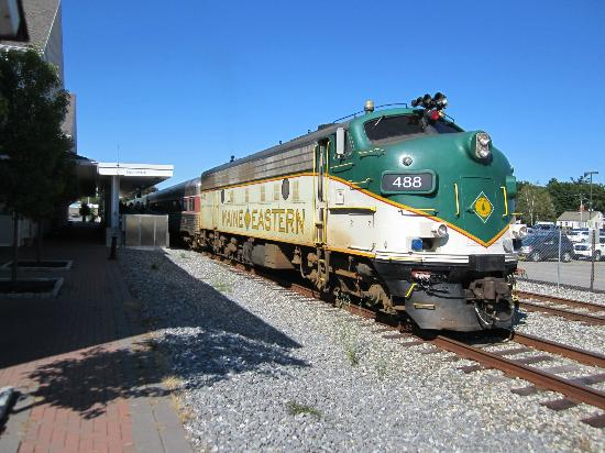Car Rental Rockland Maine ... Brunswick to Rockland Me.- Picture of Maine Eastern Railroad, Rockland