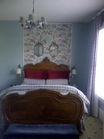 Cecile's House: French Room