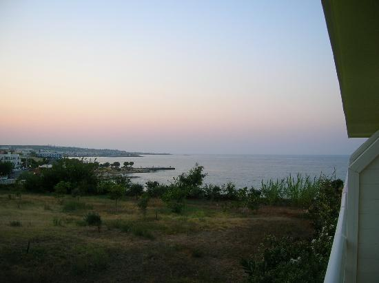 Eri Beach & Village: Panorama