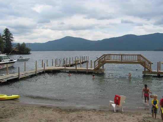 Flamingo Resort on Lake George: the bridge
