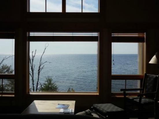 Cove Point Lodge: Room with a view