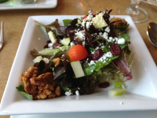 Bare Bones Bistro: 1/2 Treasure Salad