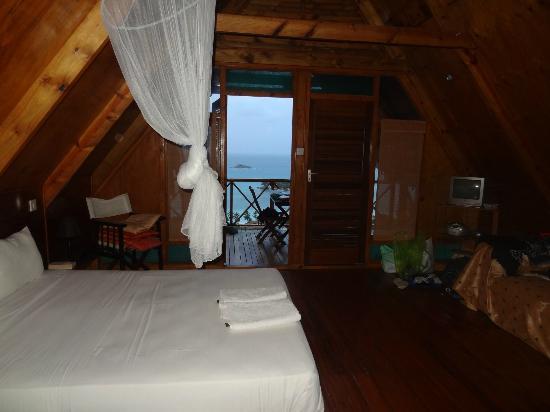 Mango Lodge: Chambre très spacieuse