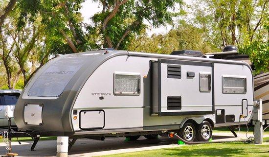 Emerald Desert RV Resort: RV Site