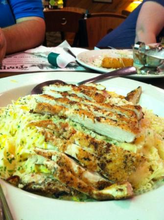 Timbers Restaurant: Bistro Chicken Pasta