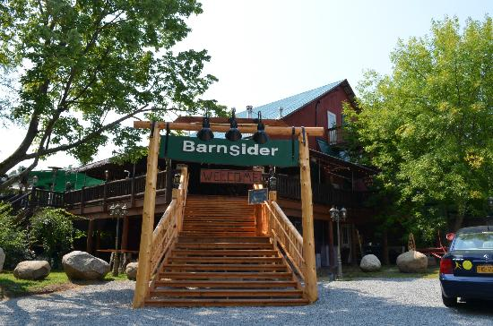 The Barnsider Smokehouse BBQ : Back entrance