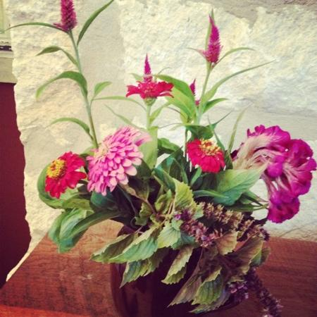 Sage Hill Inn & Spa: our welcome flowers