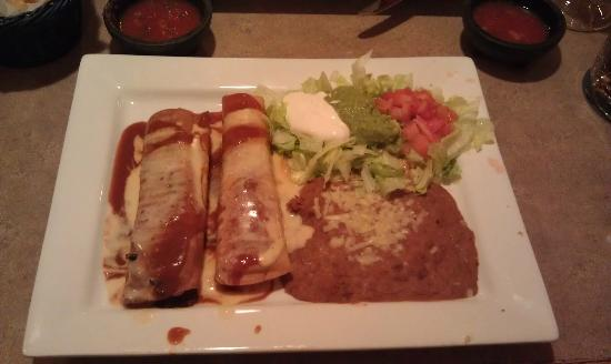Mariachi Mexican Grill: Beef Chimichanga
