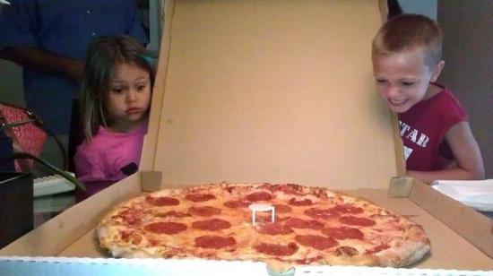 Goodfellas Pizzeria: priceless....