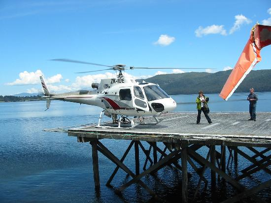 Lakefront Lodge: Take a flight with Southern helicopters