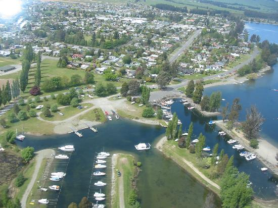 Lakefront Lodge: Te Anau from the air