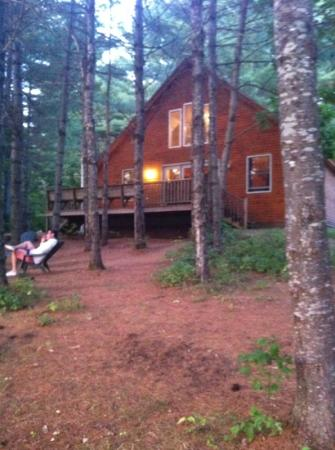 Northern Outdoors Adventure Resort: Lakeside Cabins - cigar smoking!