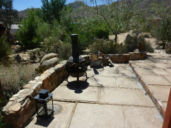 Desert Lily: Outdoor firepit at Biltmore Bunkhouse