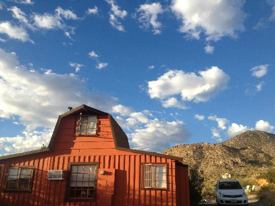 Desert Lily: The Biltmore Bunkhouse in the morning