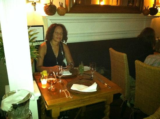 1770 House Restaurant: Table next to the fireplace
