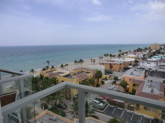 Hollywood Beach Marriott: View of the ocean & beach