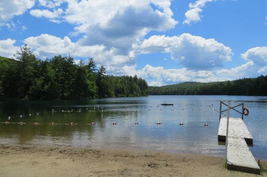 Lapland Lake Cross Country Ski Center: Lake and beach