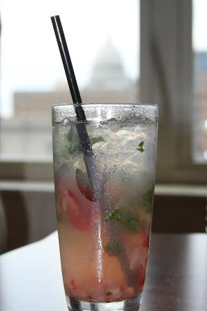 Hilton Madison Monona Terrace: Strawberry Basil Lemonade from the bar - Delish!!!