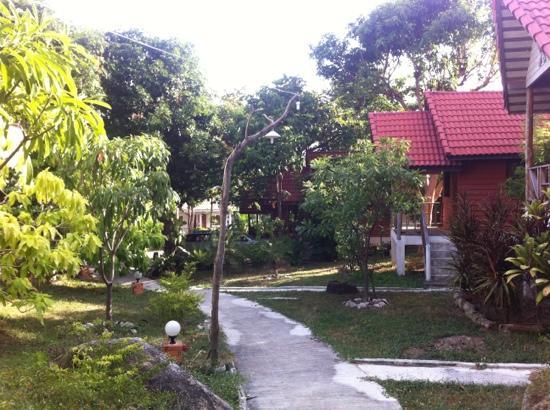 Thai Dee Garden Resort: the nice garden!