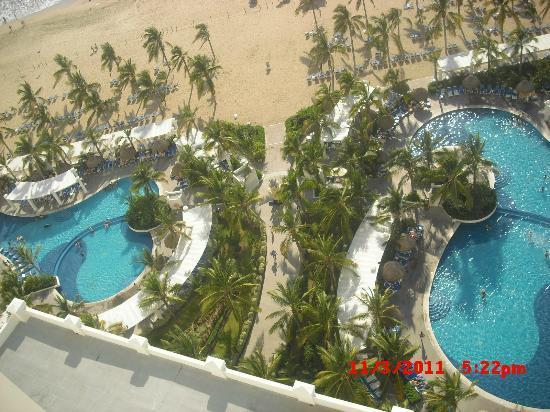 Hotel Riu Emerald Bay: the view