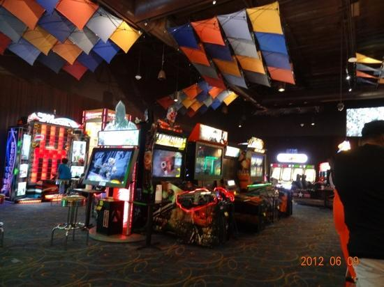 Arcade Picture Of Dave And Buster S Roseville Tripadvisor