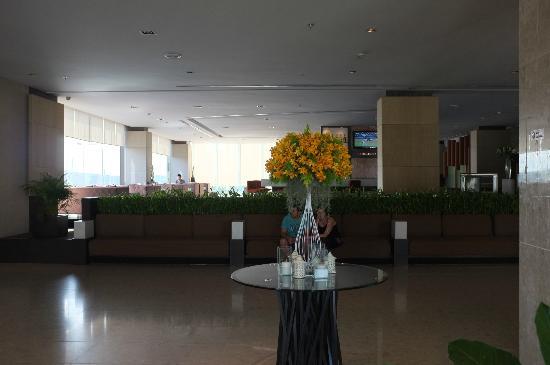 Eastin Hotel Makkasan: lobby