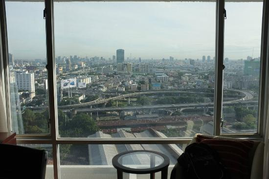 Eastin Hotel Makkasan: view from room 3