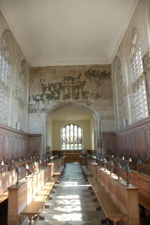 The Guild Chapel: ギルド教会内部