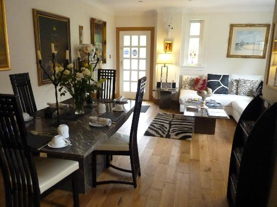 Glenview Luss - Self Catering and Bed & Breakfast: The main dining area