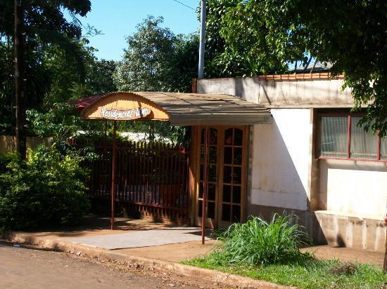 Residencial Uno: entrada del hostel