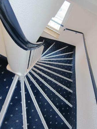 Baltic Hotel : 優雅な階段