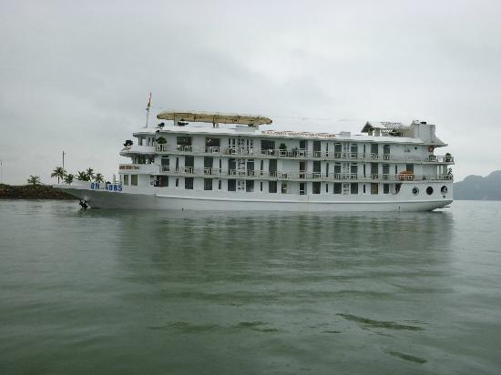 โรงแรม บูทิค พาราไดซ์: Emotion cruise