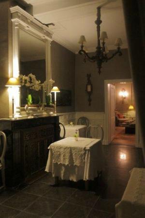 Maison le Dragon Guesthouse: romantisme