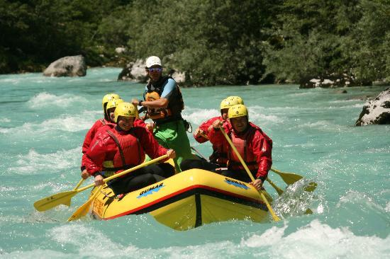 Soca Rafting : Book a tour €40 and up