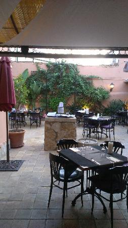 Sa Societat de Ca Na Fornera: Terrace dining