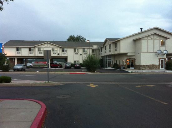 Motel 6 Williams East - Grand Canyon: Esterno