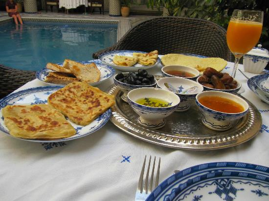 Riad Salam Fes: View breakfast