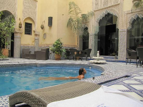 Riad Salam Fes: View swimming pool