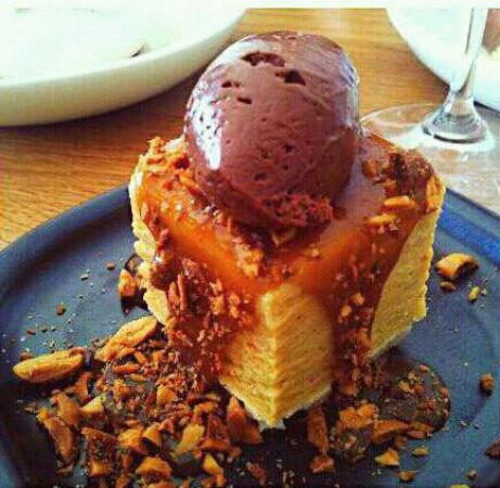Golden Fields: Peanut butter parfait