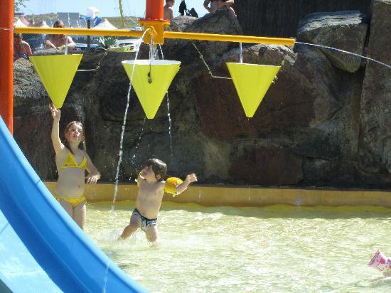 Atlantic Toboggan : kids pool