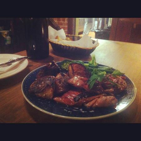 Piedmont Inn: Chicken saltimboca with prosciutto, sage and marsala sauce