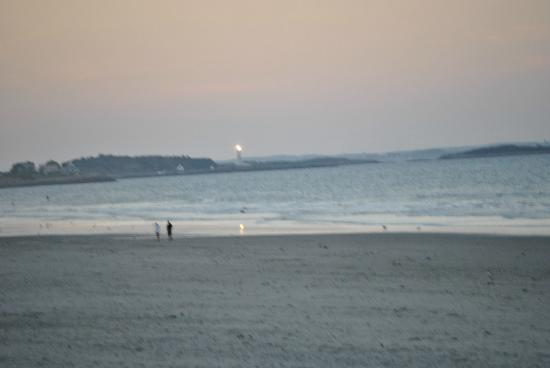 Nantasket Beach Resort: Beach right across the street