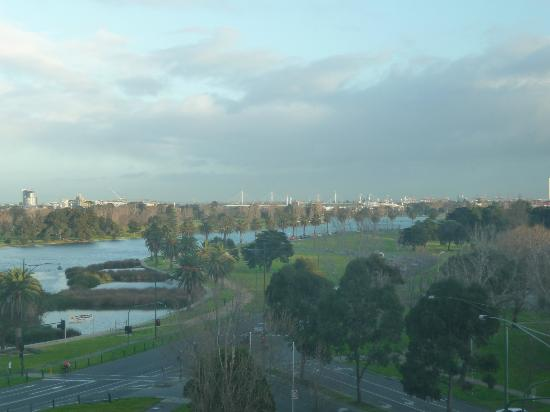 Pullman Melbourne Albert Park: The Sebel Albert Park View from room