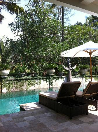 Villa Saraswati: il giardino interno e la piscina