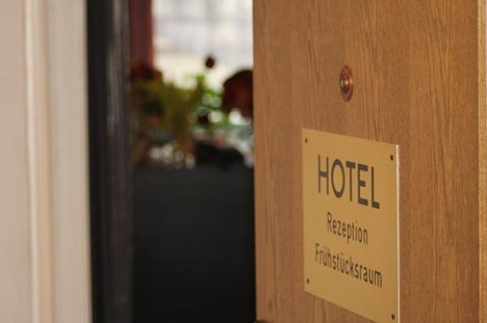 Hotel schwarzer bar hannover