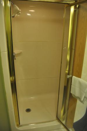 Sleep Inn: Shower