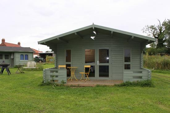 Kingthorpe Manor Farm: View of Eco-cabin
